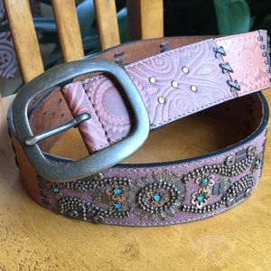 Fossil tooled and beaded leather belt
